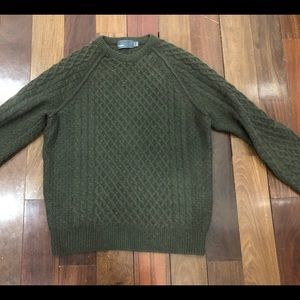 Vince wool/cashmere cable knit sweater